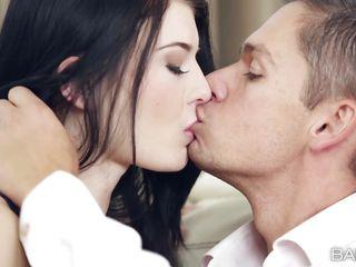 порно красивым кончают в рот