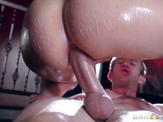 Секс фото большой жопа сиськи