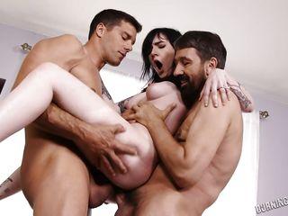 Порно видео оргии бисексуалов