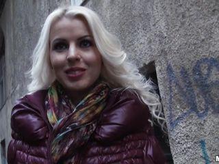 Смотреть бесплатно порно с блондинкой красивой