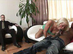 жена изменяет мужу скрытое видео