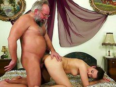 Порно ролик старики старухи бесплатно