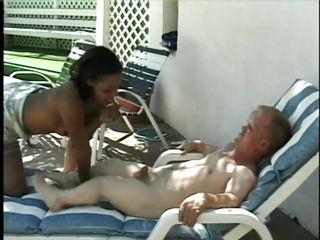 Порно минет две девушки