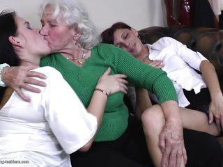 Порно анал зрелых баб