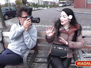 Порно кастинг на улице