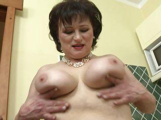 Смотреть порно старых женщин
